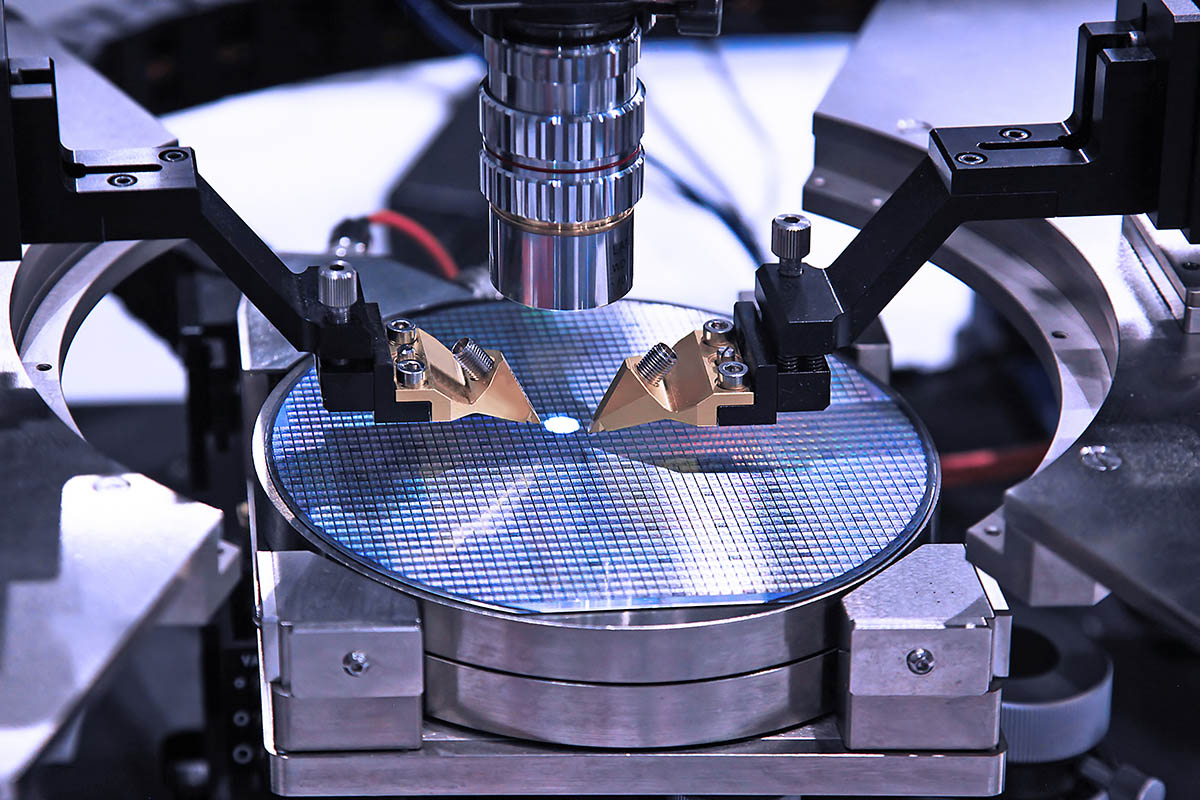 Production Of Microchips 1200x800 1